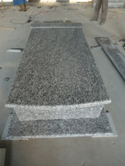 Chamusquina Stone Tombtone con Grey Granite Wave White